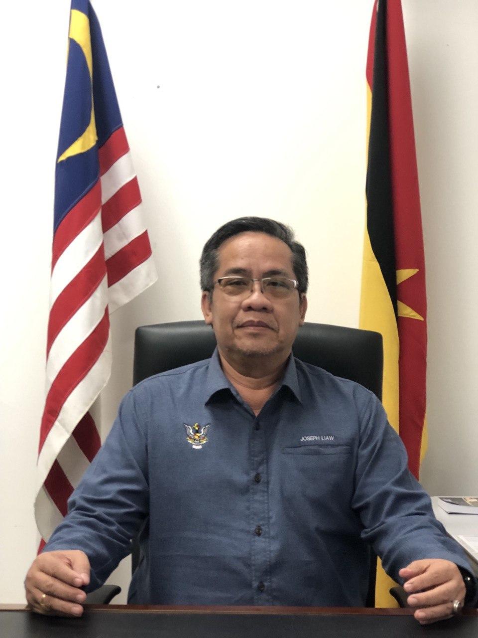 Raymond Achen Anak Kambeng
