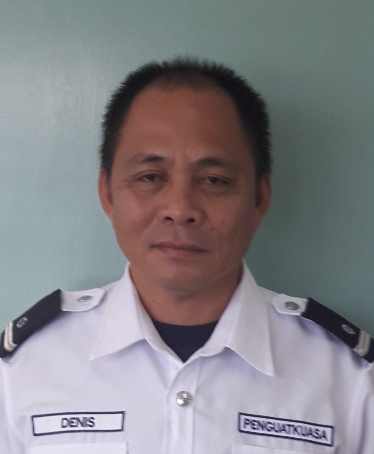 Denis Ugak